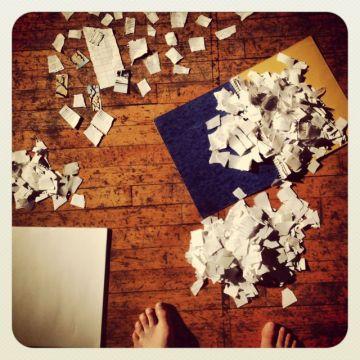 feetpaper